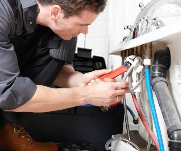emergency-plumbing-2